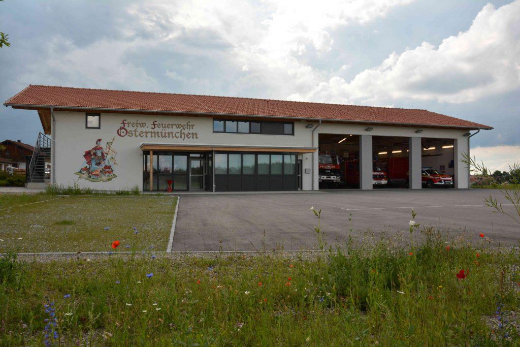 Feuerwehrhaus gesamt